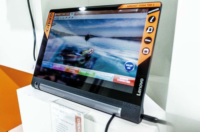 Lenovo Yoga Tab 3 IFA 2015 Pic3